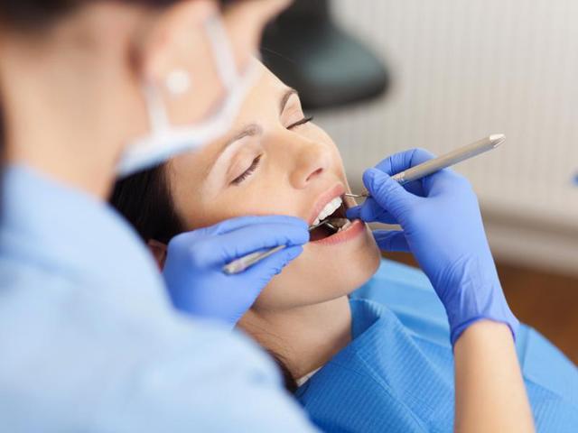 Affordable Dental Implants – A Big Risk?